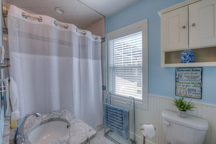 Truro Cape Cod vacation rental - Master bath