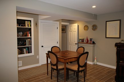 Provincetown Cape Cod vacation rental - Library