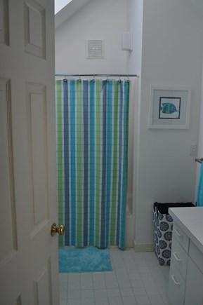 New Seabury, Mashpee New Seabury vacation rental - Upstairs bathroom