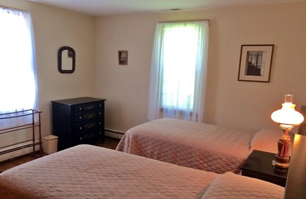 Orleans on Baker's Pond Cape Cod vacation rental - Twin beds in the second bedroom