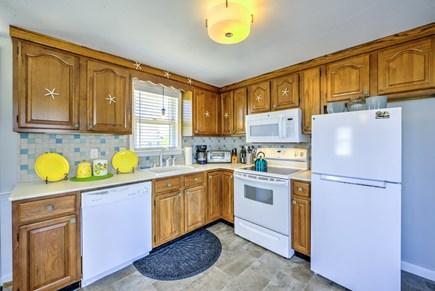 Sandwich, Sagamore Beach Cape Cod vacation rental - Newly updated Kitchen