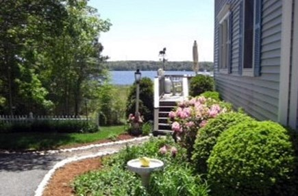Yarmouth Cape Cod vacation rental - Walkway to sundeck