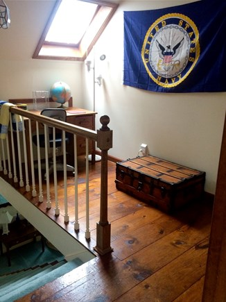 East Dennis Cape Cod vacation rental - Upstairs landing divides the 2 bedrooms