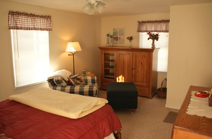 Sandwich Cape Cod vacation rental - Master Bedroom sitting area with TV