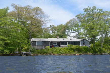 Falmouth, Woods Hole Cape Cod vacation rental - Beautiful Oyster Pond Cottage - Private, serene, deep-water lake