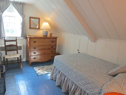 Chatham Cape Cod vacation rental - Final bedroom has a single twin.