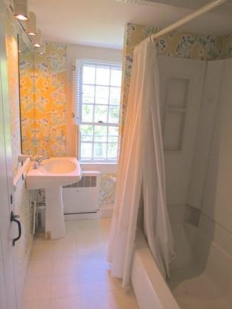 Chatham Cape Cod vacation rental - Upper level full bath