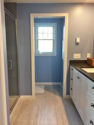 Pocasset Pocasset vacation rental - Master bathroom upstairs