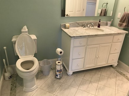 New Seabury, Mashpee New Seabury vacation rental - 1st floor private bathroom with additional 1st floor half bath.
