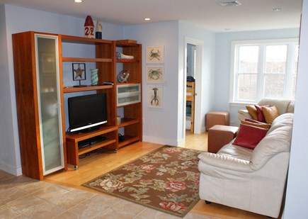 Sagamore Beach, Sandwich Sagamore Beach vacation rental - Den on 1st floor.