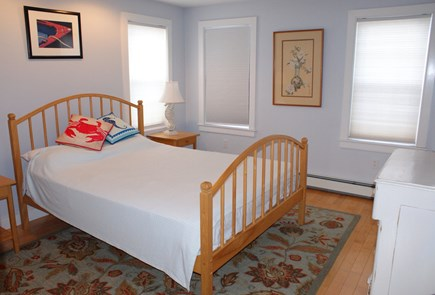 Sagamore Beach, Sandwich Sagamore Beach vacation rental - Bedroom w/Queen on 1st floor.