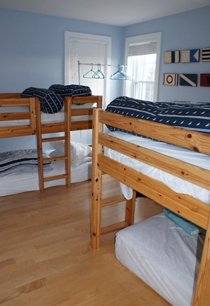 Sagamore Beach, Sandwich Sagamore Beach vacation rental - Bedroom with 2 sets of bunk beds on 1st floor.