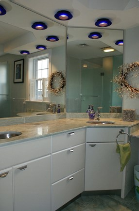 Sagamore Beach, Sandwich Sagamore Beach vacation rental - Gorgeous Bathrooms.