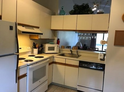 Brewster Cape Cod vacation rental - A spacious eat in kitchen and modern appliances
