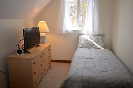 Wellfleet Cape Cod vacation rental - Bedroom 2 with 2 twins and flat screen TV