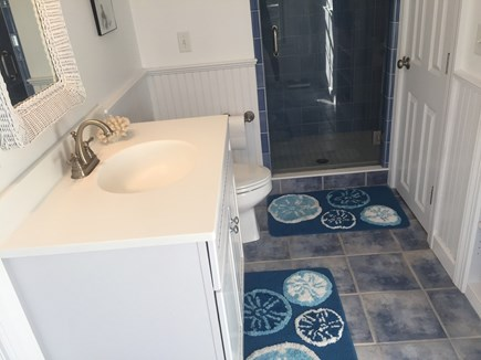 Chatham Cape Cod vacation rental - Upstairs bathroom