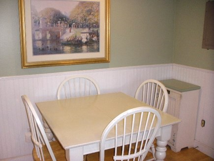 Yarmouth, Bass River Cape Cod vacation rental - Kitchen Table