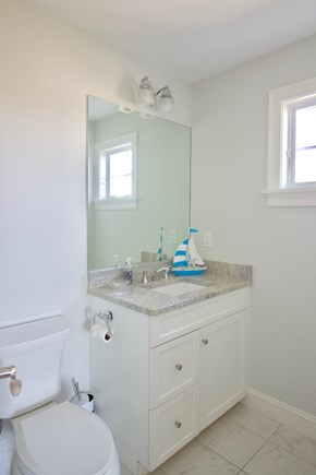 New Seabury, Mashpee New Seabury vacation rental - 2nd floor Twin Bunk Bedroom en-suite Bath