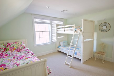 Popponesset, Mashpee Cape Cod vacation rental - 2nd floor Twin Bunk & Full with Twin Trundle Bedroom