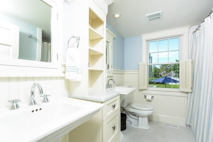 Chatham, In Town Cape Cod vacation rental - Downstairs full bath