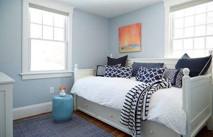 Chatham, In Town Cape Cod vacation rental - Trundle
