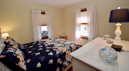 Brewster Cape Cod vacation rental - Queen room - cozy and bright