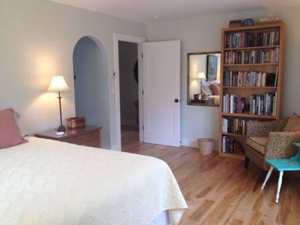 Wellfleet Cape Cod vacation rental - Beautiful queen bed master suite