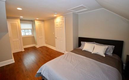 Barnstable, Centerville Cape Cod vacation rental - Upper level queen room