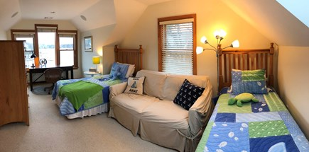 New Seabury, Daniels Island New Seabury vacation rental - Third floor office/bedroom with two twin beds