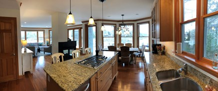 New Seabury, Daniels Island New Seabury vacation rental - Kitchen and dining area