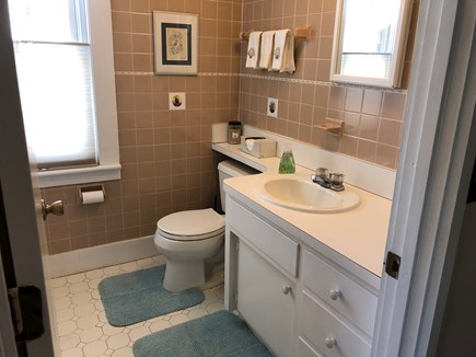 Falmouth Heights Cape Cod vacation rental - Upstairs full bath with tub/shower combo.
