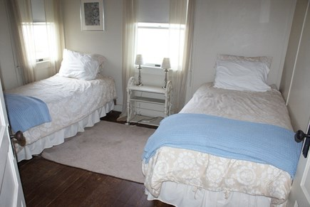 Sagamore Beach, Bourne Sagamore Beach vacation rental - Bedroom with Twins on 2nd Floor.