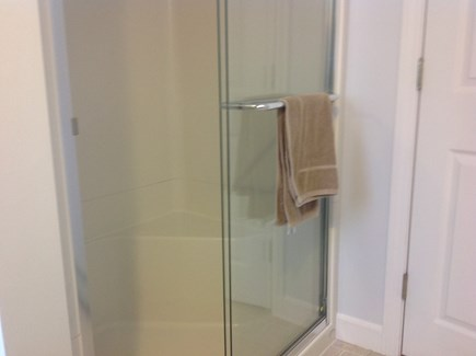South Yarmouth Cape Cod vacation rental - Second floor bath shower