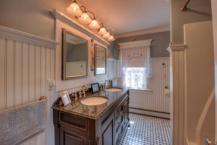 East Sandwich Cape Cod vacation rental - Full Bath on 2nd Floor.