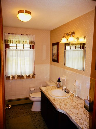 North Eastham Cape Cod vacation rental - 1st floor bath with tub/shower