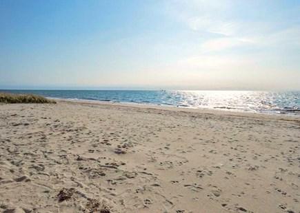 Harwich Port Center Cape Cod vacation rental - 3-minute walk to Pilgrim Road Beach, Harwich Port