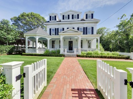 Harwich Port Center Cape Cod vacation rental - A grand curbside impression