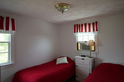Truro Cape Cod vacation rental - Bedroom with Twin Beds