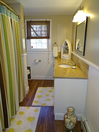 Falmouth Cape Cod vacation rental - Main floor full bathroom with tub