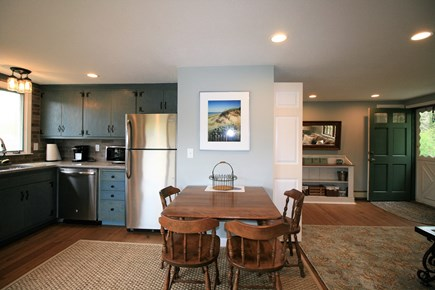 Orleans Cape Cod vacation rental - Dining for 4