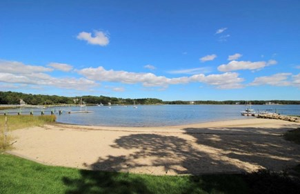 Cotuit Cotuit vacation rental - Neighborhood Beach
