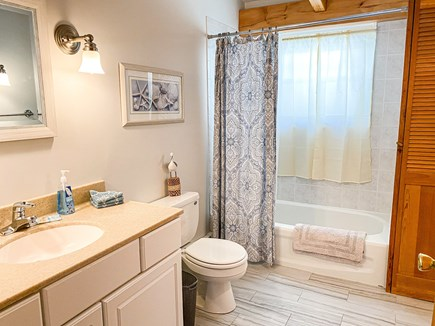 Dennis Cape Cod vacation rental - Upstairs Bathroom