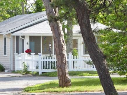 Mashpee Cape Cod vacation rental - Seabreeze Cottage