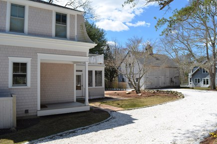 Cotuit Cotuit vacation rental - Rear of house and driveway