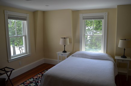 Cotuit Cotuit vacation rental - Queen Bedroom 2