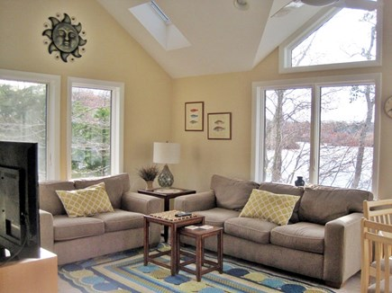 Centerville Centerville vacation rental - Bright and comfy sun room