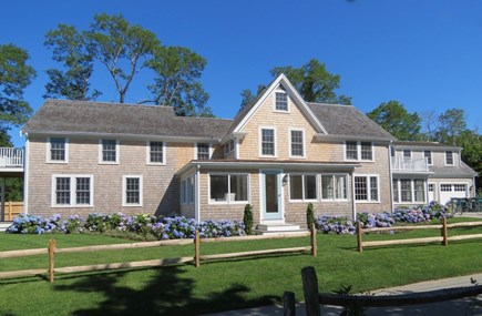 Barnstable Cape Cod vacation rental - Curb side appeal