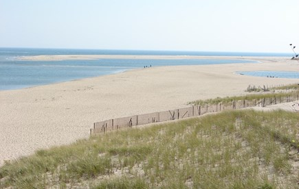 Chatham village Cape Cod vacation rental - Walk 1/2 mile to stunning Lighthouse Beach