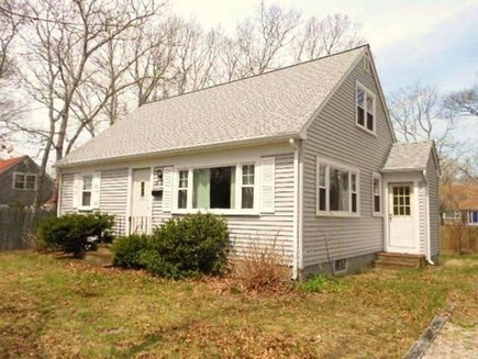 Falmouth, Teaticket Cape Cod vacation rental - Classic Cape cottage