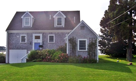 Bourne, Monument Beach Cape Cod vacation rental - Water's Edge, front view